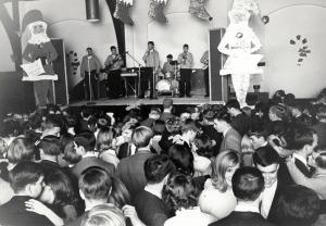 Christmas Ball- ca1960s